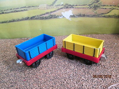 Die Cast Thomas & Friends 2 Open Wagon - Blue & Yellow  Good Used