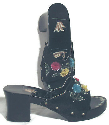 Vintage Women's Black Lacquer Beaded Shell Inlaid Sandals Shoes est sz 7.5 to 8