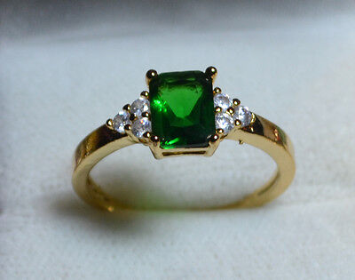 Vintage 14k Gold genuine Brazilian Emerald antique sz 9, R 1/2 ring