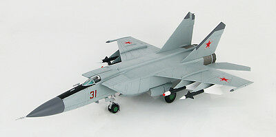 HOBBY MASTER 1/72 HA5601 MIG-25P Foxbat Fighter Red13 NEW TOOLING DEFECTOR