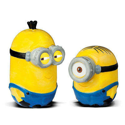 Minions Salt and Pepper Shakers In Ceramic. Gift Box Set & Brand New