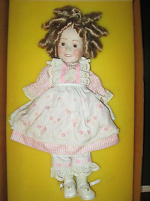 Shirley Temple Doll Americas Sweetheart With Original Box 1982 NICE