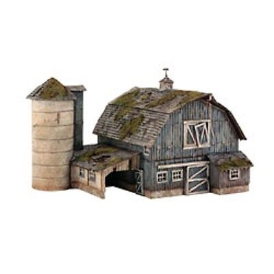 N SCALE - Woodland Scenics - Rustic Barn Kit