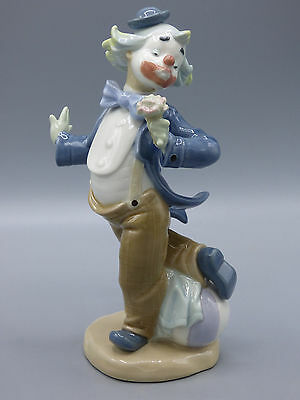 "Nao Lladro Clown Porcelain Figurine "" Flower for my Lady"" Spain 0488"