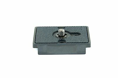 US 200PL-14 Rectangular Quick Release Plate with 1/4`-20 Screw for Ball Head