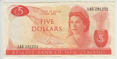 NEW ZEALAND CAT # 165 d  5 DOLLARS SIGNATURE HARDIE  ELIZABETH II  VERY FINE
