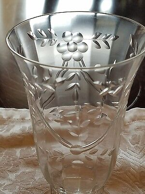 Pair of pretty vintage water glasses zigzag lines swags flowers leaves
