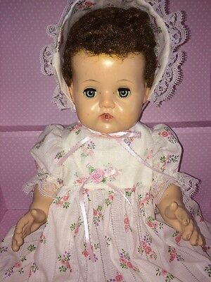 "American Character Original 1950's Tiny Tears 17"" Large Doll With Storage Trunk"