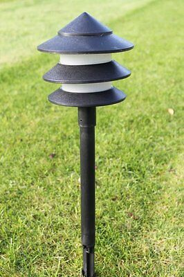 Set of 10 Low Voltage Garden Pagoda Lights With Transformer
