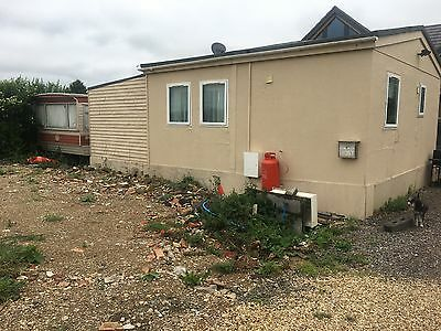 mobile home 9x6 lpg heating splits 3 parts first to see will buy a must see