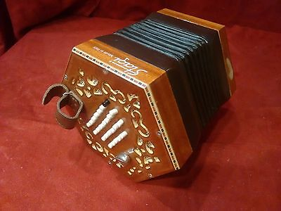 Stagi A48 English Concertina Tenor M 48, Made in Italy, Carrying Sack