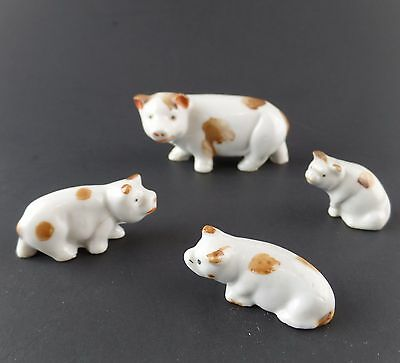 Vintage Ceramic Pig Sow With (3) Piglets Farm Figurine made in Japan White Brown