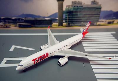Phoenix 1/400 Diecast Aircraft Model Airbus A350-900,TAM Airlines,11191