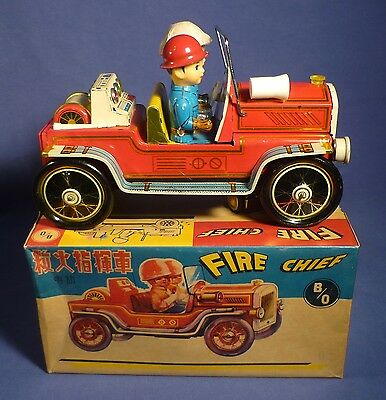 China Blech ME 699 Fire Chief Feuerwehr OVP vintage 60's Tin Helmets Toy C161