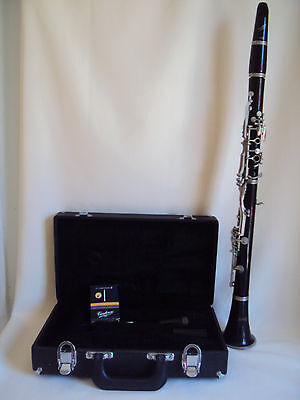 Vintage Blessing Clarinet With Black Hard Case And Vandoren Parts Used