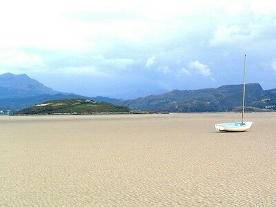 August Holiday Cottage Accommodation North Wales Snowdonia Free Wifi & Sky