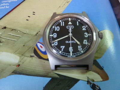 gents vintage military cwc watch with strap . 1 year guarantee cwc specialist.