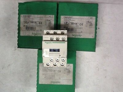 LOT OF 3, NEW Schneider Electric CAD32G7 Control Relay, TeSys - 040136, 120VAC