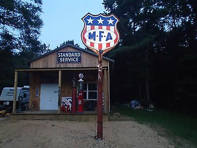 Porcelain MFA pole sign
