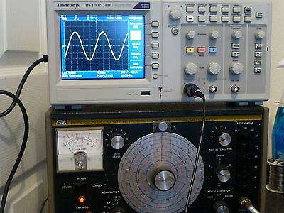 B+K Precision Solid State E-200D RF Signal Generator - Works!