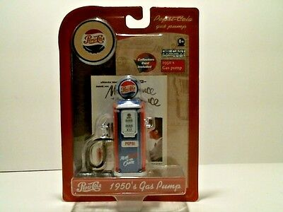 2005 Die Cast Pepsi Cola 1950's Gas Pump Figurine Gear Box Toys - Red Dome