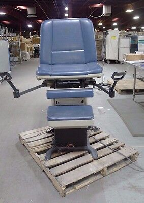 Midmark 411-017 75L Power Programmable Procedure Chair w/ Stirrups USED
