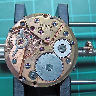 Omega Cosmic Moonphase Movement 27 DL PC AM 17 P (381)