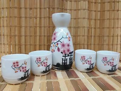 Porcelain Sake Set with 4 cups - Sakura Design - Japanese Style