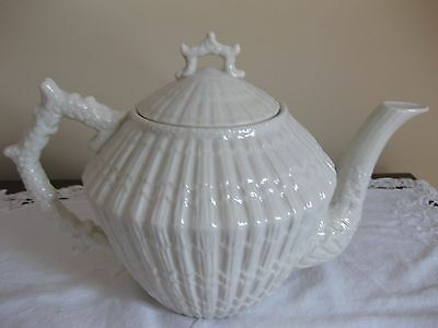 Limpet White Teapot with Third Black Mark