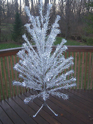 Nice Vintage 6Ft  Consolidated Novelty Stainless 57 Branch Aluminum Tree