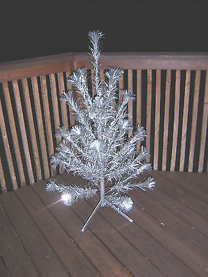 Neat Vintage 4 Ft  Aprox 33 Stainless  Pom  Pom Branches  Aluminum Tree