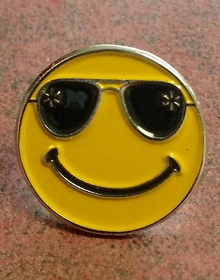 "Rare Walmart Lapel Pin ""shades""  Smiley Happy To Help Promo Wal-mart Pinback"