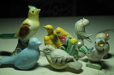 lot vintage old bird figurines and  salt and pepper S&P shakers  blue yellow