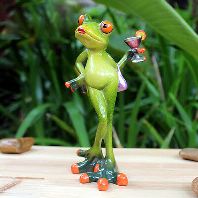 1X Green Frog Figurine Resin Frogs Colleation Gift Decor Elegant Lady