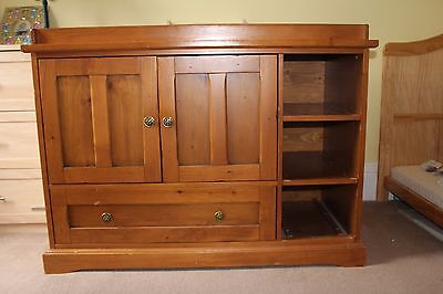 Baby Changer Unit Storage Cupboard. Nursery Dresser Baby Changing Table Station.