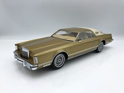 Lincoln Continental MkV Coupe gold/hellbeige 1978 1:18 BOS >>NEW<<