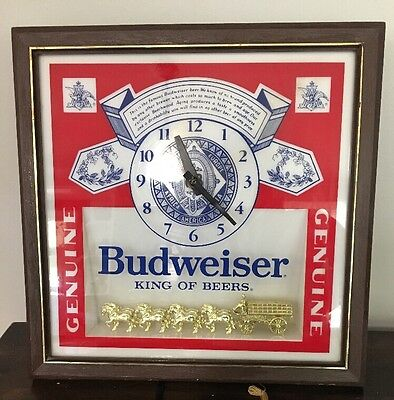 Vintage Budweiser Genuine Advertising Label Sign Lighted Clydesdale Clock