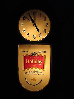 Collectible Lighted Holiday  Beer Sign Clock Light Huber Brew Monroe Wisconsin