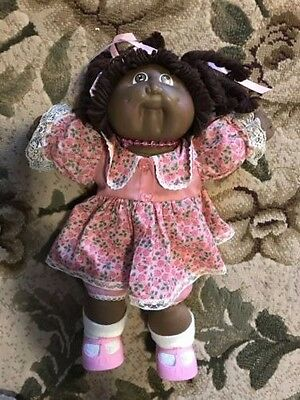 5 Vintage Black African American CABBAGE PATCH KIDS Dolls and BIRTH CERTIFICATES