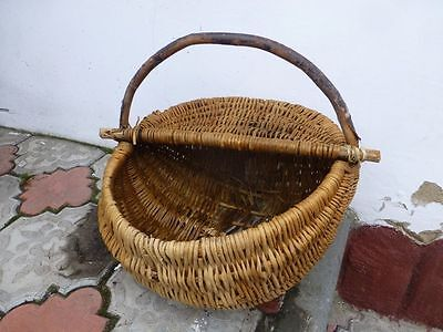 Antique primitive village wicker basket 1900s
