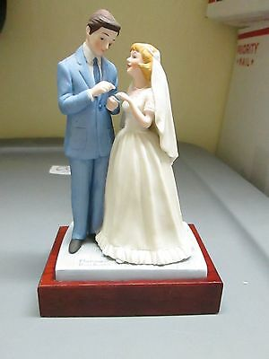 Norman Rockwell Figurine '' With This Ring'' Bride - Groom Wedding Danbury Mint