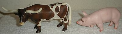 SCHLEICH 2002 Longhorn Bull Cow Figure + 2001 Safari Ltd Farm Animal Boar Pig