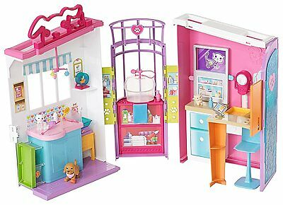 BARBIE PET CARE CENTRE PLAYSET - Barbie loves animals and can care for them here