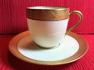 BLACK KNIGHT GOLD ENCRUSTED DEMITASSE CUP & SAUCER Aida