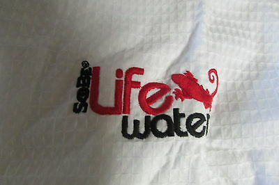 Sobe Life Water Cotton Waffle Robe----New In Package---One Size     (3437)