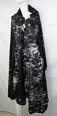 Antique Victorian 1880s LARGE LOVELY Black Chantily Lace Shawl Bustle Era