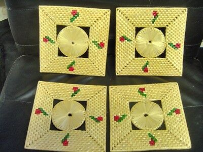 Vintage Woven 7 inch Straw Hot Pad Trivet Coaster - set of 4