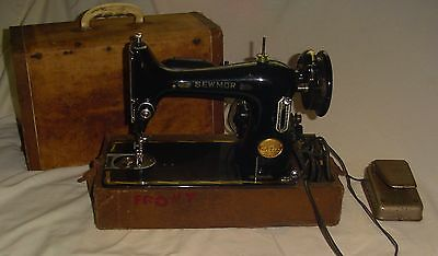 Vintage Sewmor Deluxe Sewing Machine - with Original Carrying Case