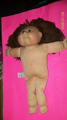 Cabbage Patch Kid Doll  Tru Dolls   Naked Girl   2002 Brown Yarn Hair
