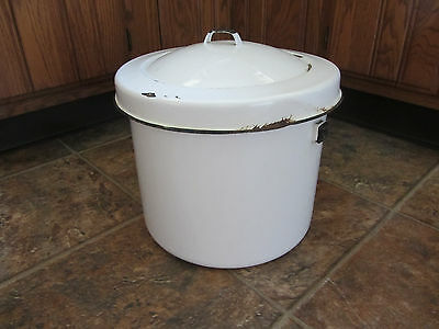Vintage Large White Enamel Chamber Pot With Lid, missing handle